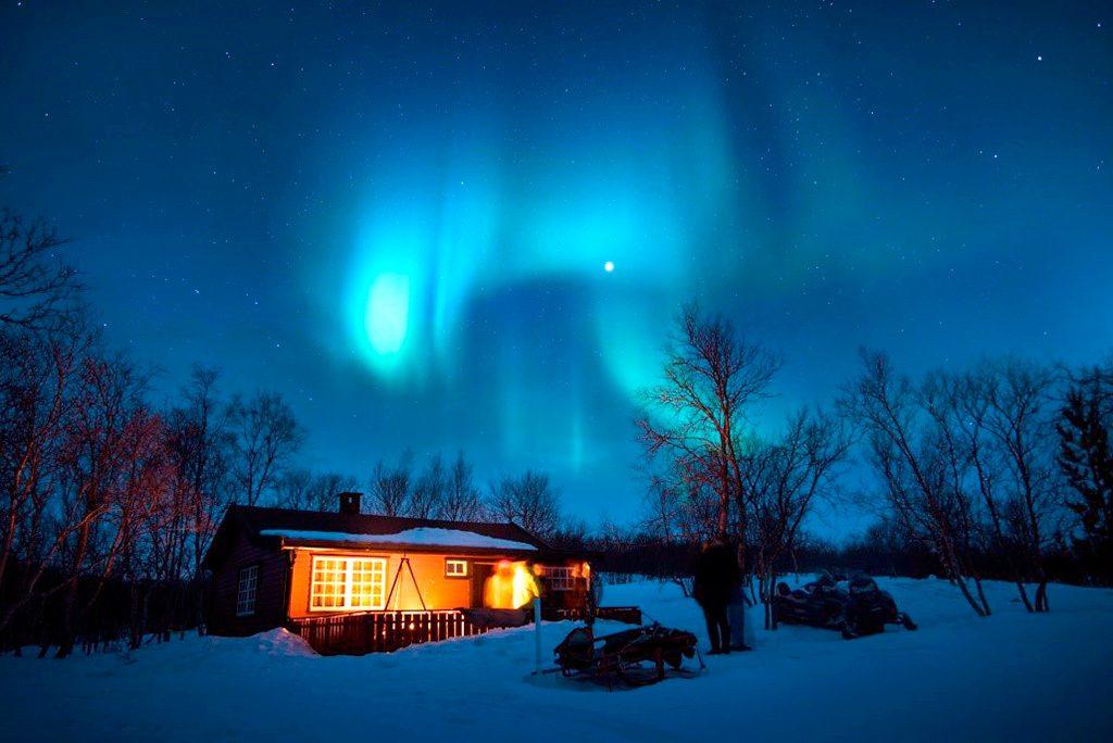 viaje feliz a paises nórdicos