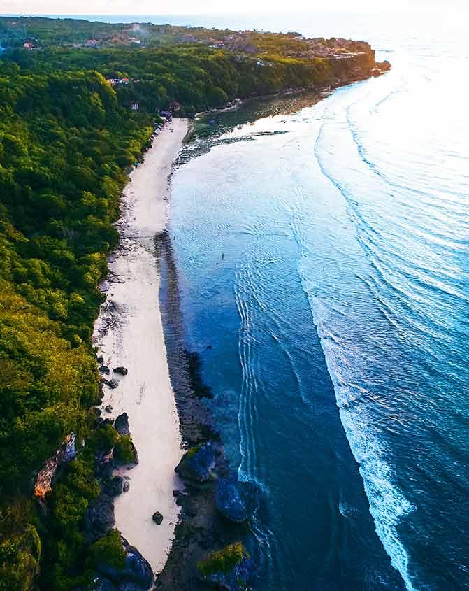 Playa de Padang Padang en Bali