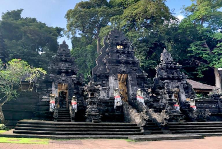 Templo Pura Goa Lawah de Bali
